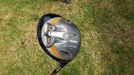 Driver Golf marca Taylormade R7 10.5, Vara Aldila en grafito, flex Senior