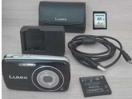 Cámara Panasonic Lumix Dmc-s1