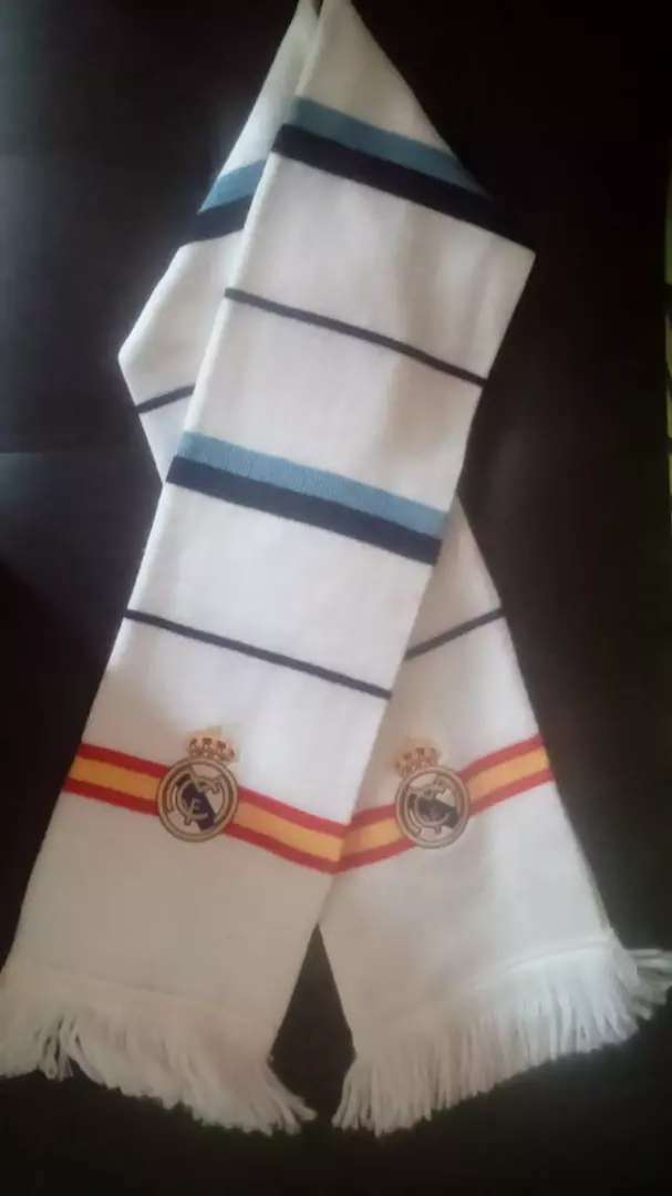 Bufanda del Real Madrid original 0