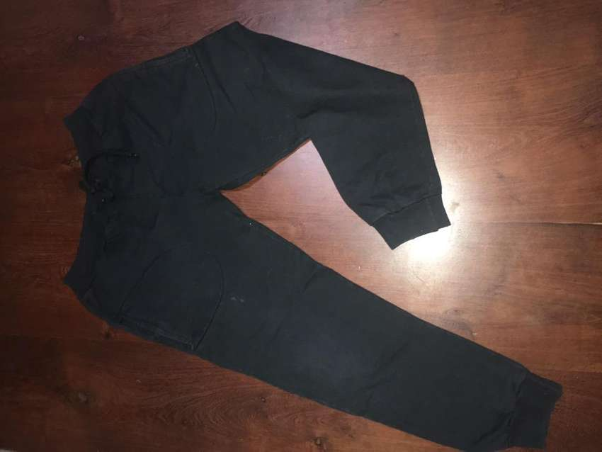 Pantalon negro talle 14 0