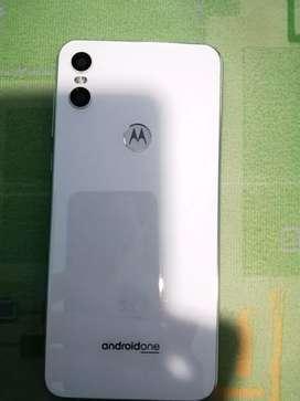 Vendo Motorola ONE color blanco