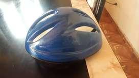 Vendo casco de bicicleta talle S buenas condiciones las heras