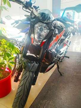 KTM Duke 200 financiada 100%
