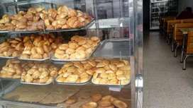 Panadería  y equipo de panadería en muy buen estado