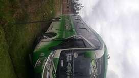Vendo bus Hino FG del 2011con aire