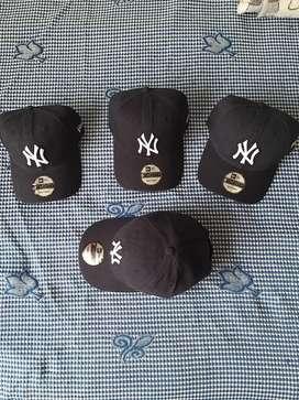 Vendo Gorra Original declos Yankees Azul Oscura