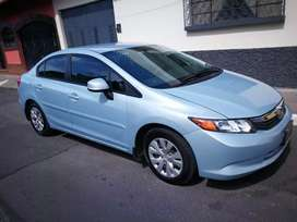 Vendo Honda Civic 2012 nítido!!
