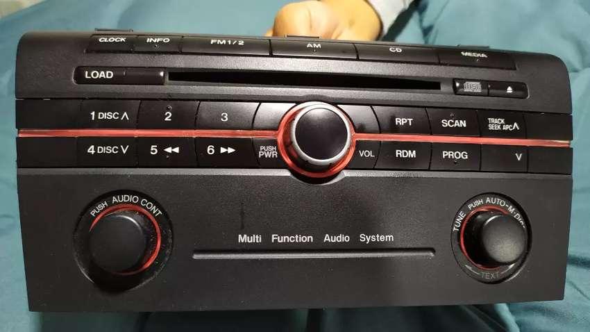 Radio Mazda 3 y control de volumen planta audiopipe 0