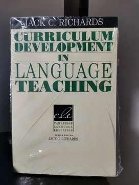 Libro nuevo Curriculum Development in Language Teaching