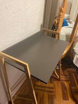 Vendo escritorio minimalista