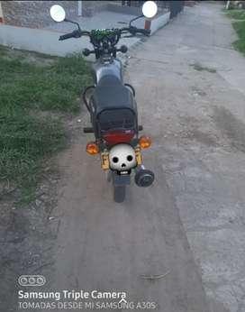 Vendo moto bóxer S clásica