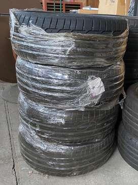 Combo Llantas x 4 Dunlop Sportmaxx Runflat 205/40 R18