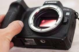 Canon EOS R - Seminueva - En Caja con accesorios