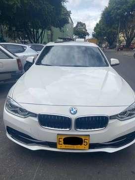 BMW 318i, modelo 2018. Sport.