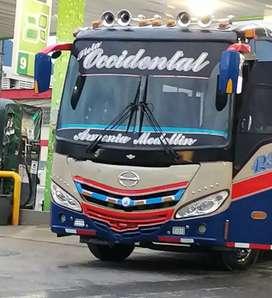 Se vende bus occidental MARCA HINO MODELO 2016 PRECIO NEGOCIABLE