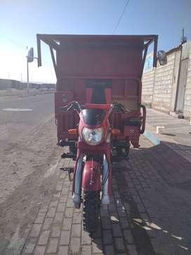 Vendo moto de carga marca tokay  año 2019,