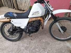 Vendo moto suzuki ts 185