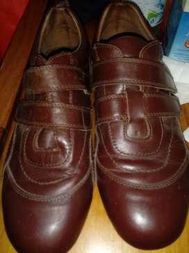 Zapatos color marron