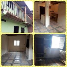 Se vende Casa en Leonidas Plaza, sector Mangle 200