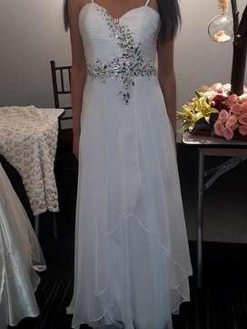 Hermoso Vestido, Nuevo