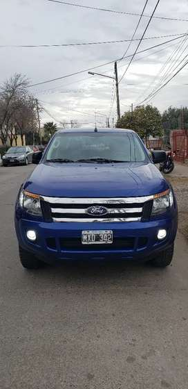 Ford Ranger XLS modelo: 2013 impecable