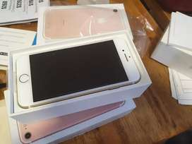 Iphone 7 de 128 GB nuevo 35000