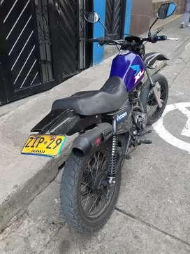 Vendo moto cuatro tiempos barata