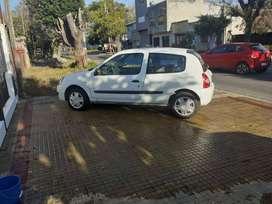 Clio Pack 3 puertas. Año 2011. 54000km