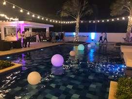 Esferas de colores para exteriores y piscina