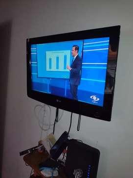 Tv LG 32 pulgadas con base de pare
