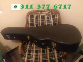 Estuche duro para guitarra (Case), color negro