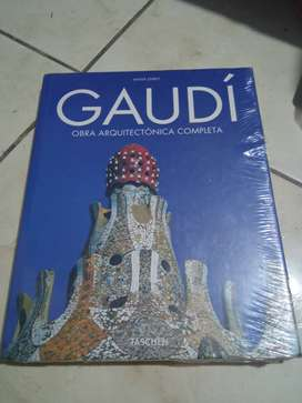 Libro Obras Arquitectónicas GAUDI