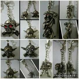 Llaveros de metal calavera muerte