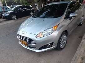 Ford Fiesta Titanium 2015-  51.000Km