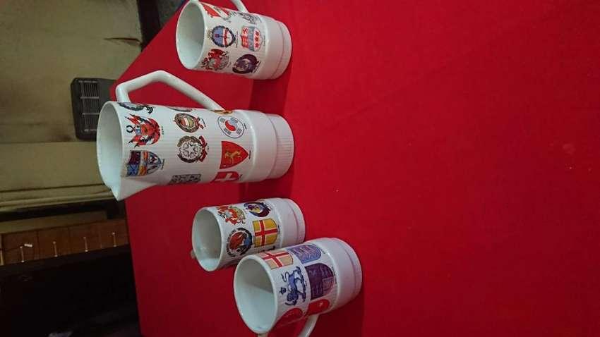 1 Jarra y 3 vasos choperas PORCELANA PORTEÑA HALIFAX 0