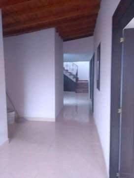 Se vende tercer piso en Boyacá las Brisas