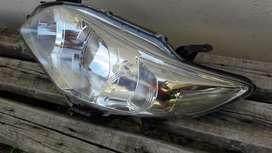 Repuesto Corolla Paragolpe,optica Y Cob