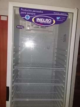 "EXHIBIDORA ""INELRO"" 470 Lts."