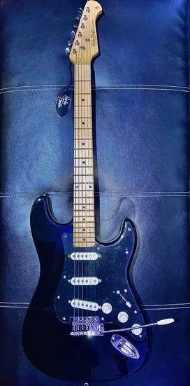 Guitarra Stratocaster Harley Benton black tribute NEGOCIABLE