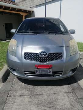 Vendo o Cambio por Pick Up. Yaris 2008
