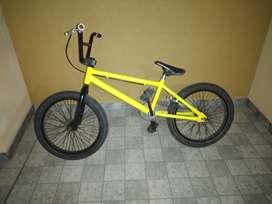 VENDO BICICLETA BMX MARCA MAMON RODADO 20