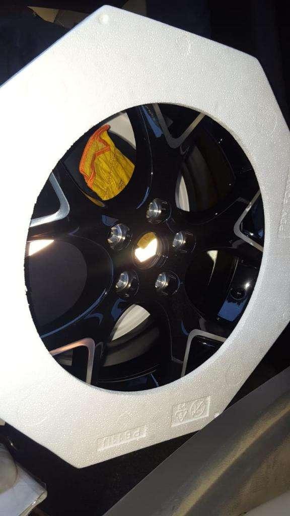 Llanta Ford Focus Full 0