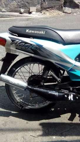 Kawasaki maguic 2003 buena