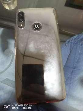 Vendo Motorola e6 plus perfecto estado