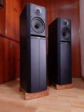 Bowers Wilkins B&W parlantes bafles torres columnas. Sansui klipsch kef boston technics Bose marantz denon onkyo Yamaha