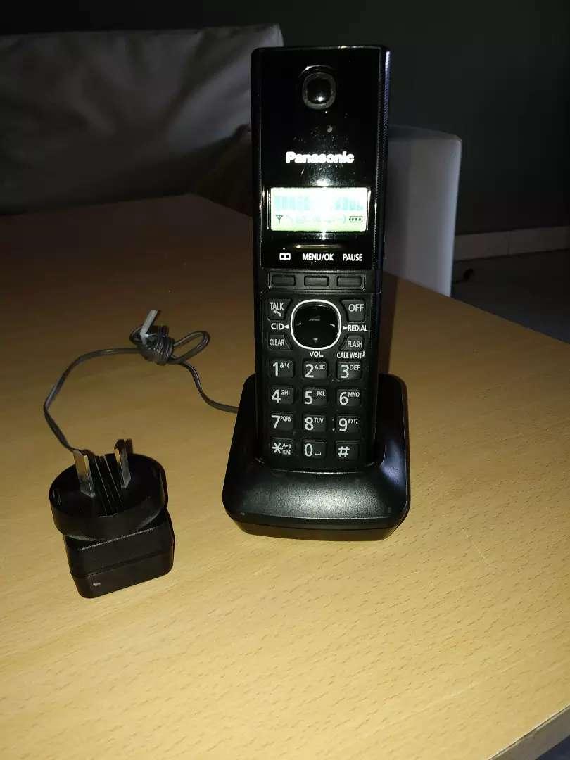 Teléfono inalambrico con dos bases panasonic