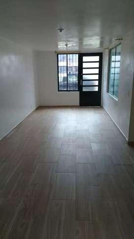Casa de 2 pisos Paipa, 2 habitaciones, 2 baños, cocina integral, sala comedor, patio de ropas