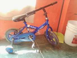 Vendo bonita bicicleta de niño