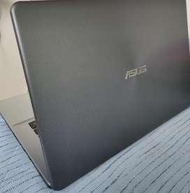 ASUS vivobook x505z