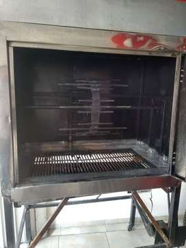 ESPECTACULAR ASADOR DE POLLO AL CARBON750000